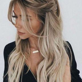 Coiffure casual sur cheveux longs