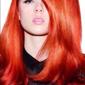 Modèle coupe cheveux longs été 2015 @ Redken