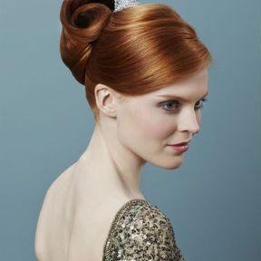 Modèle de coiffure cheveux longs automne-hiver 2015 @ Lucie Saint-Clair