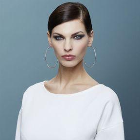 Modèle de coiffure automne-hiver 2015 @ Lucie Saint-Clair