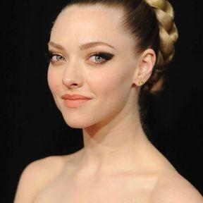La coiffure de vestale d'Amanda Seyfried