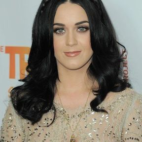 La tresse head band de Katy Perry