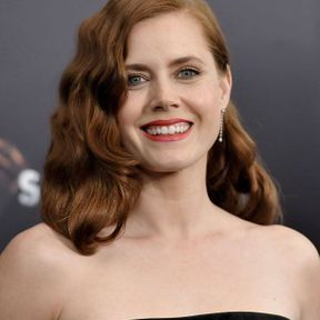 Le brushing cranté d'Amy Adams