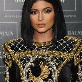 Le carré stricte de Kylie Jenner