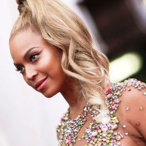 La queue de cheval ondulée de Beyoncé