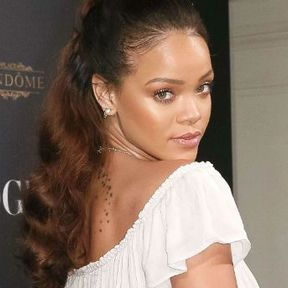 La queue de cheval romantique de Rihanna