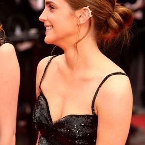 Le chignon bas d'Emma Watson (2013)