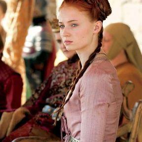 La coiffure médiévale de Sansa Stark