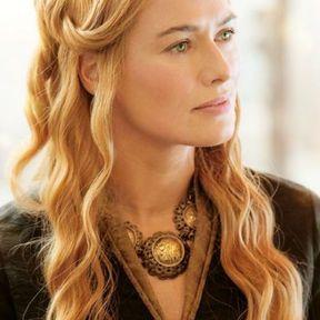 La coiffure romantique de Cersei Lannister