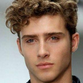 Coiffure homme cheveux court fashion
