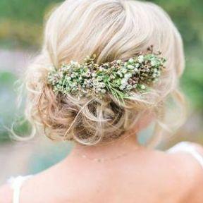 Chignon de mariage bas esprit champêtre