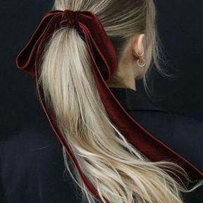 Un ruban rouge velours