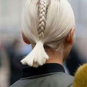 Une coiffure sur cheveux courts