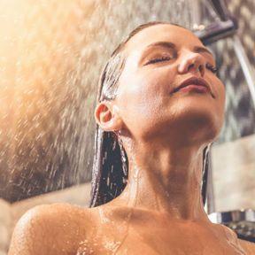Eviter les douches et les bains trop chauds