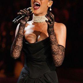 Rihanna perlée