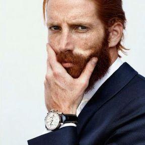 Beau gosse à barbe roux