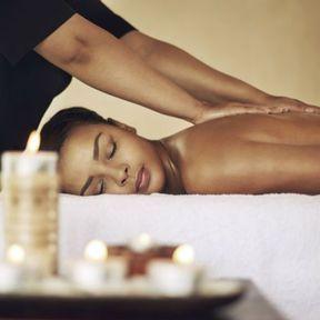 Un Gommage Aromatique Énergisant aux Épices Rares et Précieuses et un massage Ayurvédique Indien Tonifiant au Spa Cinq Mondes