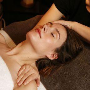 Le massage crânien Yang Ju