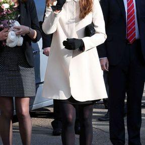 19 mars 2013 : un manteau blanc Goat