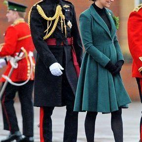 17 mars 2013 : un manteau Emilia Wickstead pour la Saint-Patrick