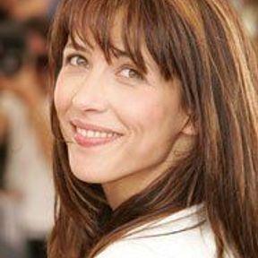 Sophie Marceau: le reflet des châtains