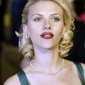 Scarlett Johansson: elle nous charme