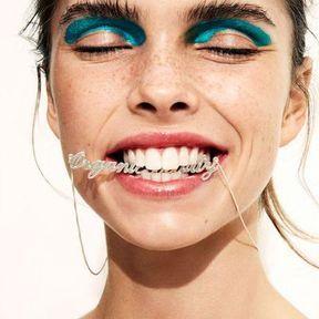 Maquillage Noël bleu