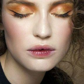Maquillage Noël orange