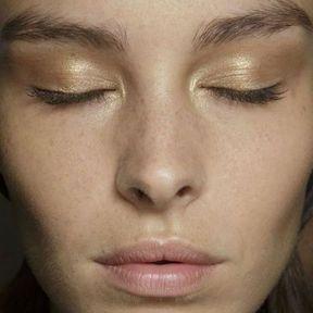 Maquillage nude de soirée