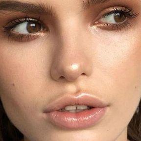 Maquillage glowy yeux marron