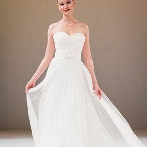Robe de mariage 2013 en tulle © Le Salon du mariage