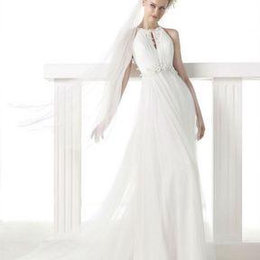 Robe de mariage blanche 2015 @ Pronovias