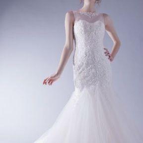 Robe de mariée blanche Automne - Hiver 2015 @ Hervé Mariage