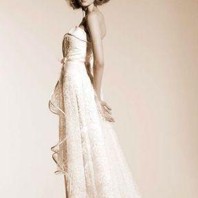 Robe de mariée blanche Automne - Hiver 2015 @ Suzanne Ermann