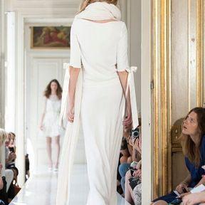 Robe de mariée  en dentelle 2013 © Delphine Manivet