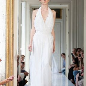 Robe de mariée  en mousseline 2013 © Delphine Manivet