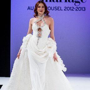 Robe de mariées 2013 en dentelle © Le salon du mariage