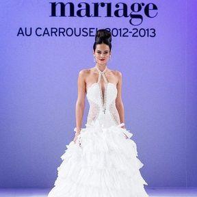 Robe mariée 2013 en dentelle © Le salon du mariage