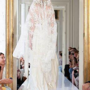Robes de mariage en dentelle 2013 Delphine Manivet
