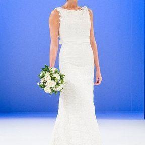 Robes de mariages 2013 en dentelle © Le Salon du mariage