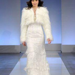 Robes de mariée en dentelle 2013 © Cymbeline