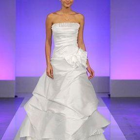 Robes de mariées soie 2013 © Cymbeline