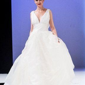 Robes mariages 2013 en soie © Le Salon du mariage