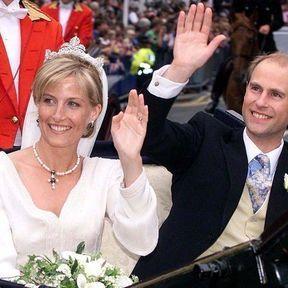 WINDSOR: Sophie Rhys Jones épouse le Prince Edward