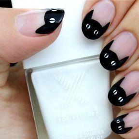 Nail art Halloween chat noir