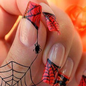 Nail art Halloween toile araignée rouge et noir