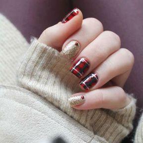 Idée de nail art pour les fêtes