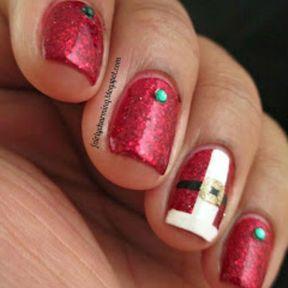 Idée nail art Pere Noël