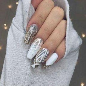 Nail art blanc pailleté