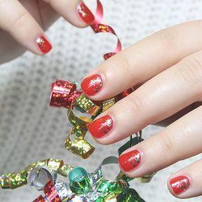 Nail art fête de Noël